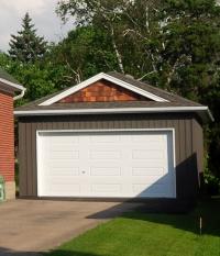garages 8